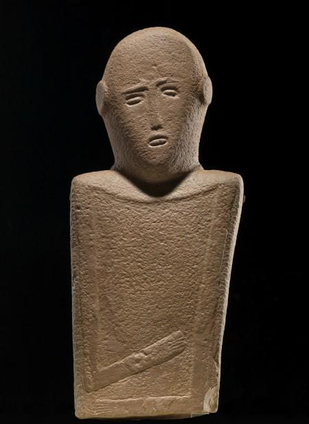 Roads of Arabia; anthropomorphic stele